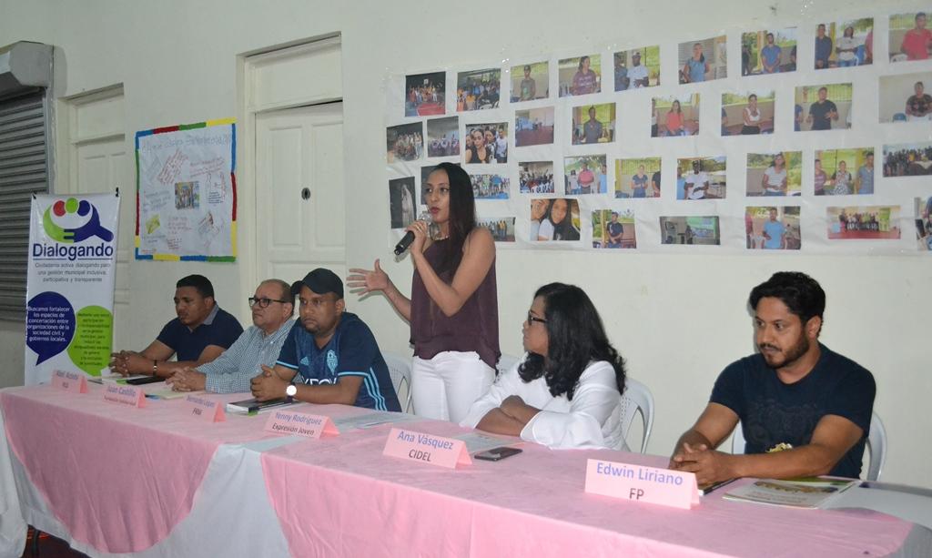 Candidatos a alcalde del municipio de Baitoa se comprometen a destinar recursos para políticas de juventud